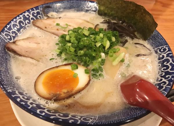 鶴亀堂 勝川店